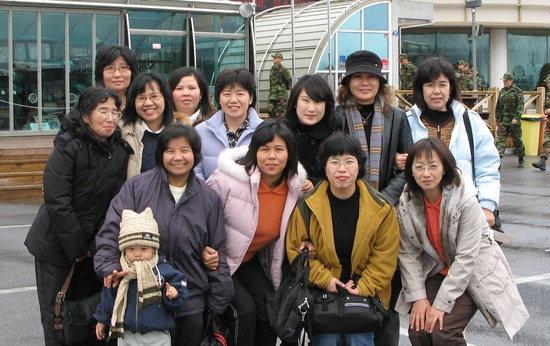 인제도서관 한국어교실 수강생들이 최근 강릉 오죽현 등을 찾아 즐겨운 시간을 보냈다.
