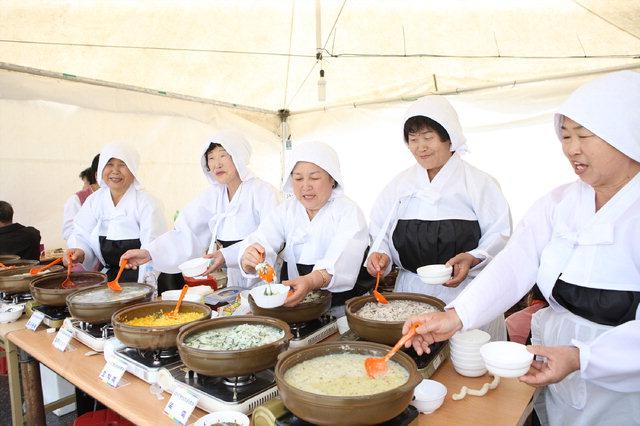 ▲ 정선의 304가지 토속음식을 맛 볼 수 있는 정선토속음식축제