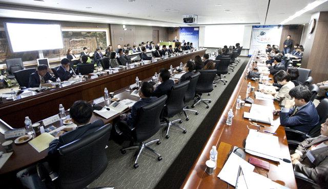 ▲ 한국관광공사는 19일 원주 본사 대회의실에서 강원도와 공동으로 평창동계올림픽 성공개최를 위한 대책회의를 열었다.