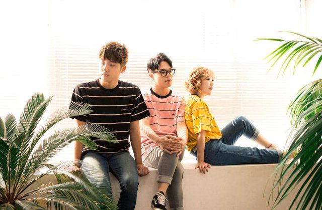 ▲ 3인조 혼성 팝 밴드 '마리슈'.