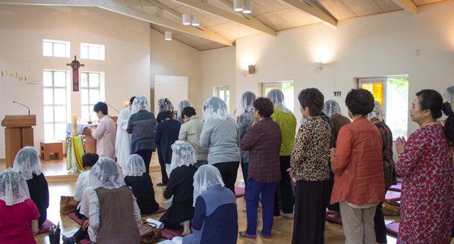 ▲ '2017 총구역장 연수'가 지난 5월 춘천교구 교육원에서 각 본당 여성 최고위원인 총구역장 40여명이 참가한 가운데 열렸다.