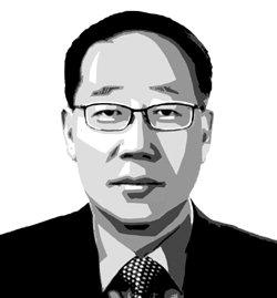 ▲ 김종헌   전 속초양양교육장   시인