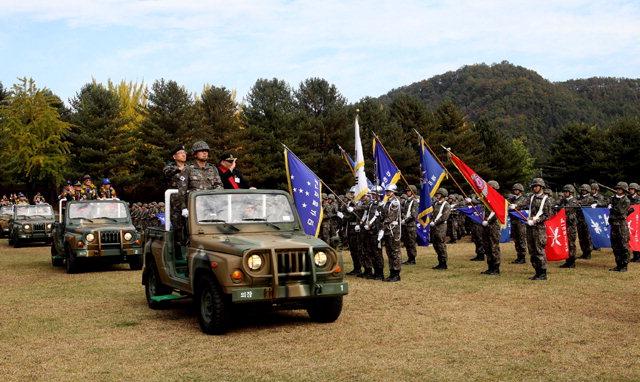 ▲ 육군 7사단(소장 김종철)은 18일 사단 사령부 대연병장에서 평양 최선두 입성 67주년 기념행사를 개최했다.