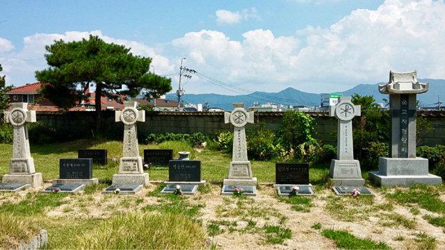 ▲ 천주교 춘천교구 죽림동 순교자 묘역