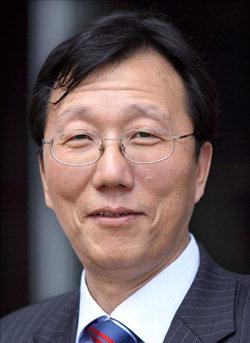 ▲ 이기우   인하대 법학전문대학원 교수