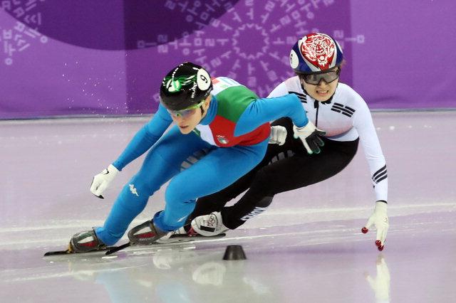 ▲ 한국 여자 쇼트트랙 대표팀의 최민정이 지난 13일 오후 강릉 아이스아레나에서 열린 2018 평창동계올림픽 쇼트트랙 여자 500m 마지막 코너에서 이탈리아의 아리아나 폰타나와 경합하고 있다. 연합뉴스