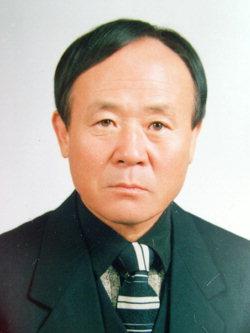 ▲ 김학선 전 춘천 석사초 교장