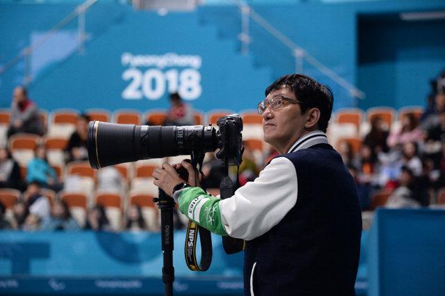▲ 지난 평창패럴림픽에서 공식 사진작가로 활동한 조세현 사진작가.
