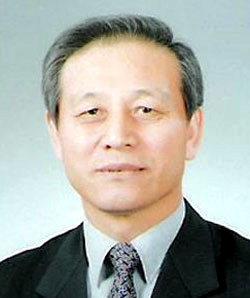 ▲ 성석환 전 국제로타리 3730지구 총재