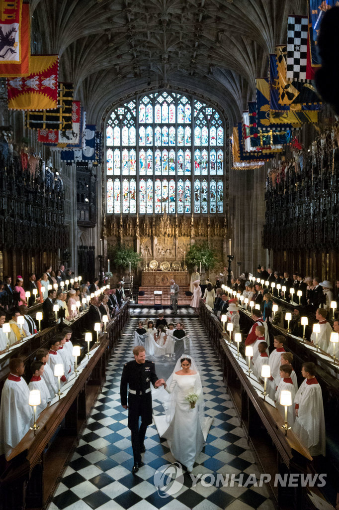 ▲ Prince Harry and Meghan Markle leave St George's Chapel at Windsor Castle after their wedding in Windsor, Britain, May 19, 2018. Jonathan Brady/Pool via REUTERS TPX IMAGES OF THE DAY