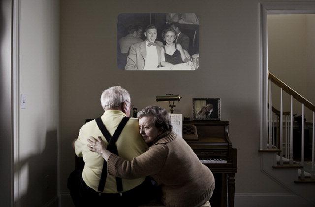 ▲ 그레그 시걸 작 'Carol Bates,73,with her husband,Bill,Norcross,GA'