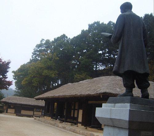▲ 김유정문학촌에 위치한 김유정 생가.