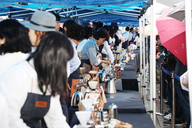▲ 강릉 커피축제.오는 10월 5∼9일 강릉의 가을을 더욱 즐겁게 한다.