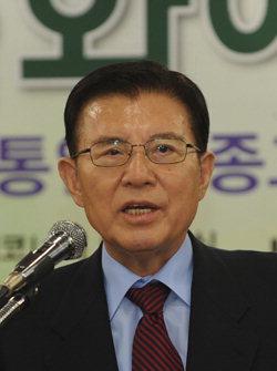 ▲ 김덕룡 민주평통자문회의 수석부의장