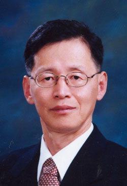 ▲ 박홍식 강릉원주대 명예교수