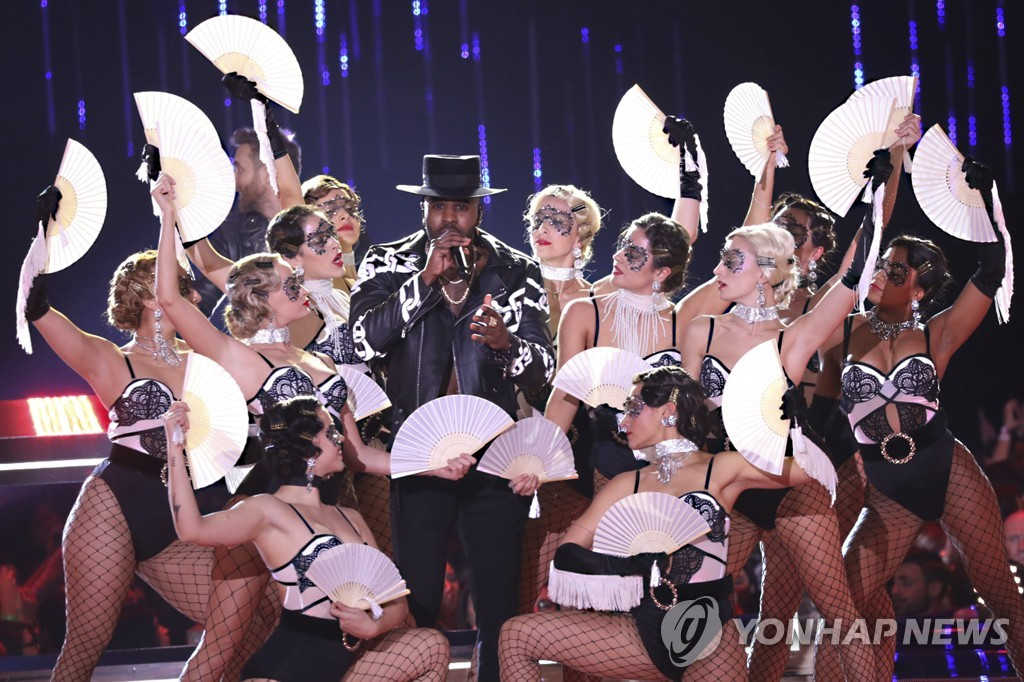 ▲ Singer Jason Derulo performs during the European MTV Awards in Bilbao, Spain, Sunday, Nov. 4, 2018. (Photo by Vianney Le Caer/Invision/AP)