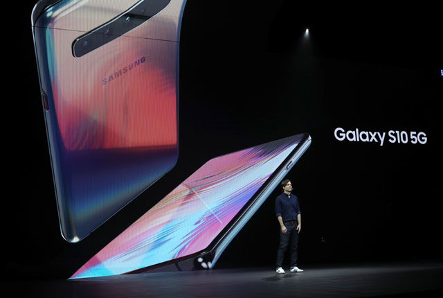 ▲ 20일(현지시간) 미국 샌프란시스코 빌 그레이엄 시빅 센터에서 열린 '삼성 갤럭시 언팩 2019'에서 '갤럭시 S10' 발표되고 있다. 연합뉴스