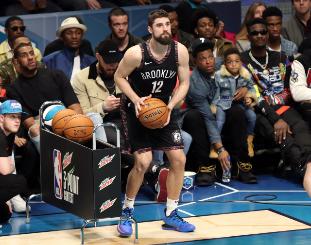 ▲ Feb 16, 2019; Charlotte, NC, USA; Brooklyn Nets forward Joe Harris competes in the 3-Point Contest during the NBA All-Star Saturday Night at Spectrum Center. Mandatory Credit: Jim Dedmon-USA TODAY Sports