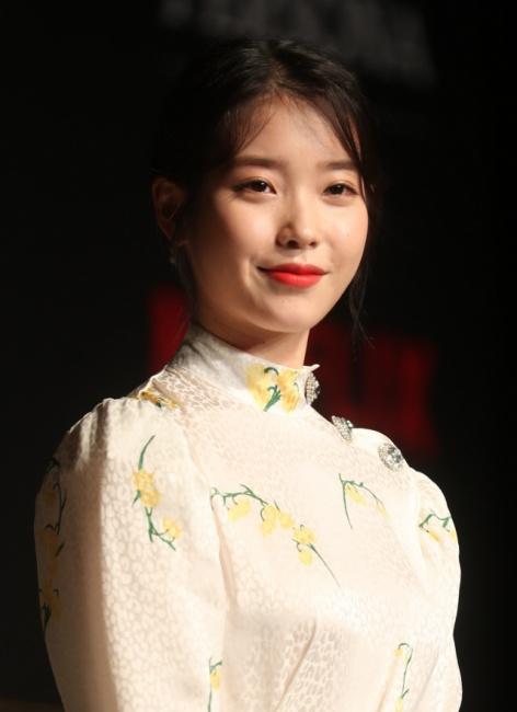 ▲ 배우 이지은(아이유)이 27일 서울 여의도 콘래드호텔에서 열린 넷플릭스 오리지널 시리즈 '페르소나' 제작발표회에 참석하고 있다.