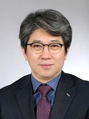 ▲ 최정기 강원대 산림경영학전공 교수