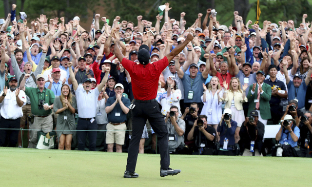▲ Tiger Woods reacts as he wins the Masters golf tournament Sunday, April 14, 2019, in Augusta, Ga. (Curtis Compton/Atlanta Journal-Constitution via AP)    <All rights reserved by Yonhap News Agency>