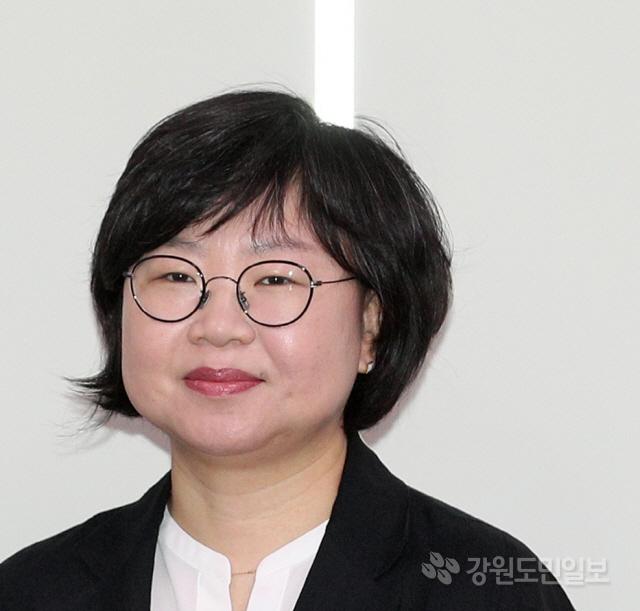 ▲ 박지영(51)원주시노인종합복지관장
