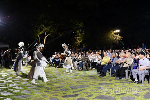 ▲ 제12회 삼척 죽서루 풍류 음악회가 지난 24일 죽서루 경내에서 열렸다.