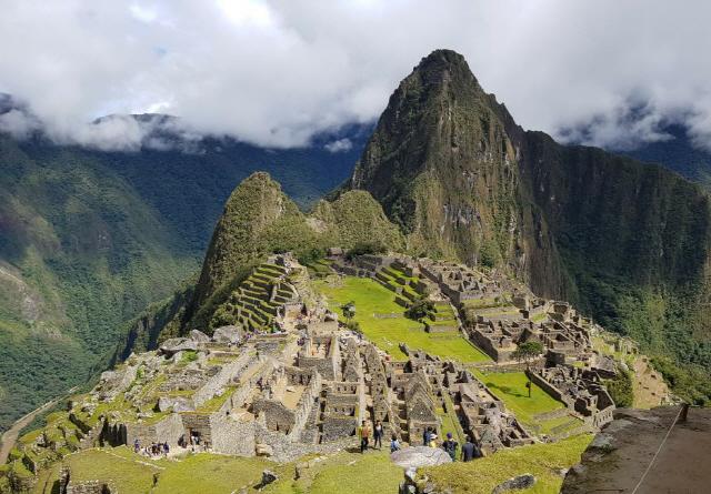 ▲ 잉카의 상징과도 같은 성곽도시 마추픽추.