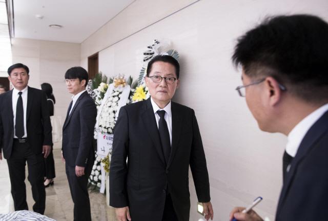 ▲ 이희호 여사 빈소 찾은 박지원