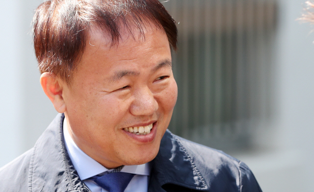 ▲ 미소 짓는 이재수 춘천시장