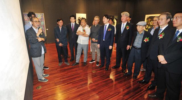 ▲ '힘있는 강원전 2019' 개막식이 11일 국립춘천박물관 기획전시실에서 열렸다.  박상동