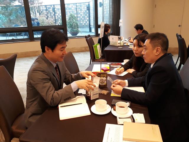 ▲ 한국곤드레(대표 박대롱)는 각종 수출 상담회에 참가,해외 시장 개척에 힘쓰고 있다.