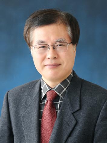 ▲ 용환승 이화여대 교수 숙우회원