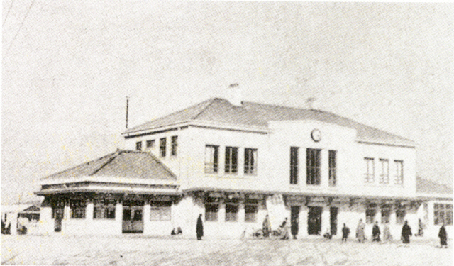 ▲ 1939년 경춘선 시발역이었던 성동역. 사진출처=코레일