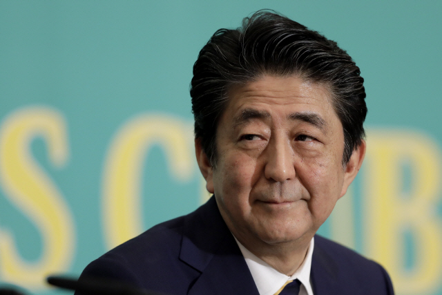 ▲ epa07691024 Shinzo Abe, Japan's prime minister and president of the Liberal Democratic Party (LDP), attends a debate with other party leaders ahead of the upper house election at the Japan National Press Club in Tokyo, Japan, 03 July 2019.  EPA/KIYOSHI OTA / POOL    <All rights reserved by Yonhap News Agency>