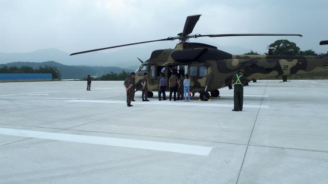 ▲ 양구 안대리 수리온헬기 2차 소음측정이 안대리 헬기 계류장에서 주민과 군 관계자들이 참석한 가운데 진행됐다.