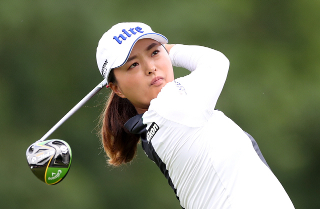 ▲ Golf - Women?s British Open - Woburn Golf Club, Milton Keynes, Britain - August 4, 2019   South Korea's Jin Young Ko in action during the final round   Action Images via Reuters/Peter Cziborra