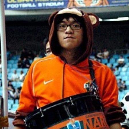 ▲ '공룡좌' 권현(33)씨.