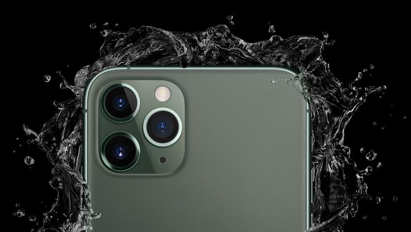 ▲ 트리플 카메라가 장착된 아이폰 11 프로(애플 홈페이지 캡처)
