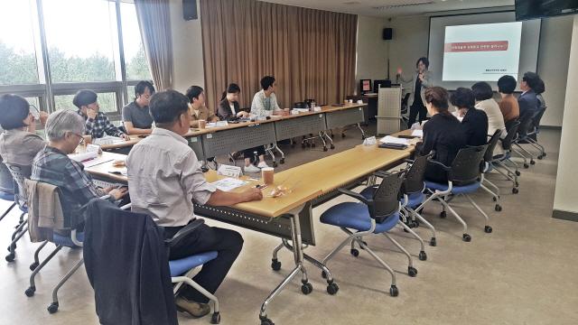 ▲ 강원지역 예술인 성인지 감수성 교육 활성화를 위한 워크숍이 최근 한국여성수련원에서 도내 문화,여성계 인사들이 참석한 가운데 열렸다.