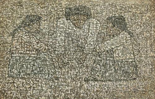 ▲ 박수근,공기놀이하는 아이들,캔버스에 유채,43.3X65cm, 서울옥션 제공