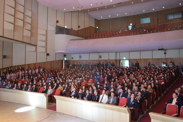 ▲ 제26회 강릉시양성평등대회가 지난 8일 강릉원주대에서 여성단체 회원들이 참석한 가운데 열렸다.
