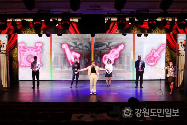 ▲ 하이원리조트는 8일부터 카사시네마 신규 공연과 해외 초청 불꽃쇼를 선보인다.