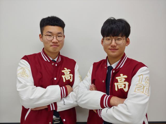 ▲ ▲김민철(사진 왼쪽) 회장과 김민준 부회장