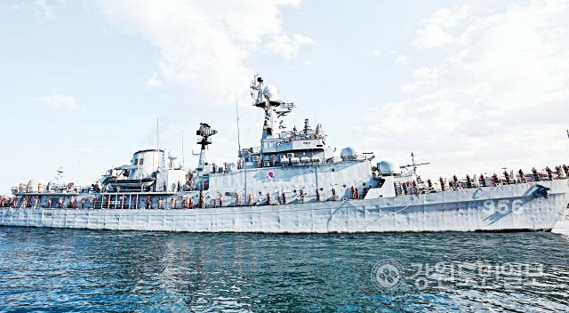 ▲ 동해 해군 1함대에서 34년간의 임무를 마치고 전역을 앞둔 경북함.