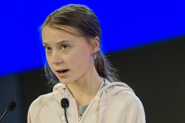 ▲ 청소년 환경 운동의 아이콘인 스위스의 그레타 툰베리가 21일(현지시간) 스위스 다보스에서 열린 세계경제포럼(WEF·다보스포럼) 연차총회 '기후 대재앙 방지' 세션에서 연설하고 있다.