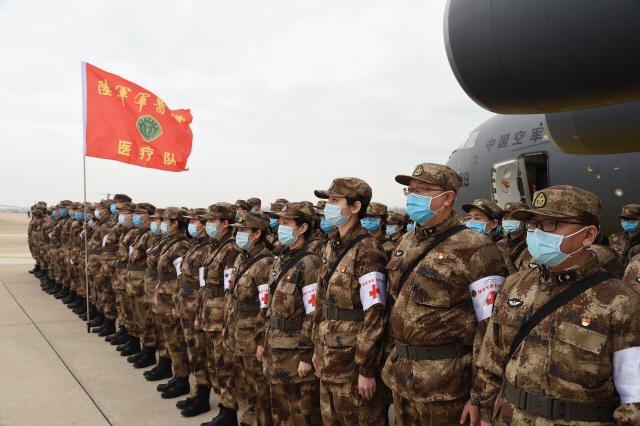 ▲ 우한에 투입된 중국 인민해방군 의료진
