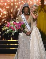 2016 미스 USA 우승자는 여군 장교