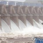 강원북부 이틀간 100㎜ 넘는 비…북한강 상류 댐 수문 개방