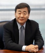 마지막 '1세대 재벌총수' 김준기 회장 48년만에 불명예 퇴진